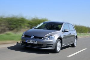 vw_golf_1.2_driving_1